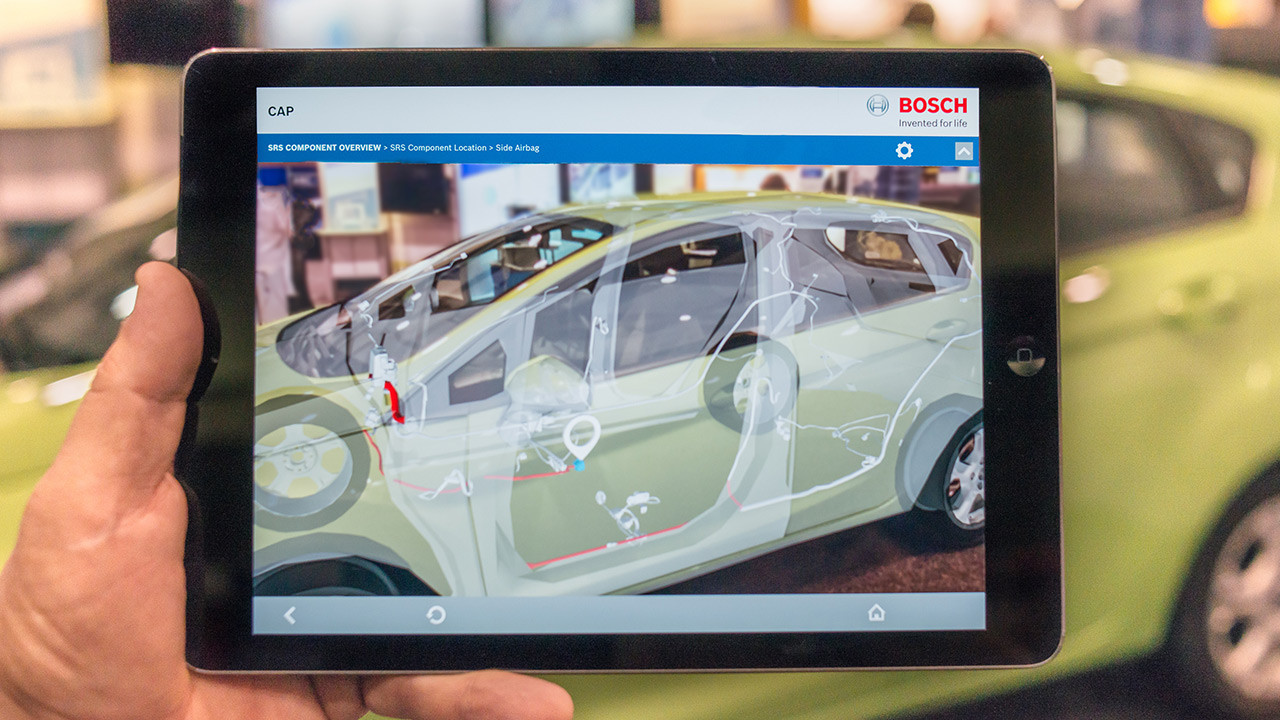 Automechanika 2016 - Bosch presents smart solutions for tomorrow's workshops
